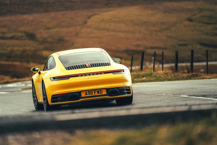 Porsche 911 [992] Carrera 4 Coupe