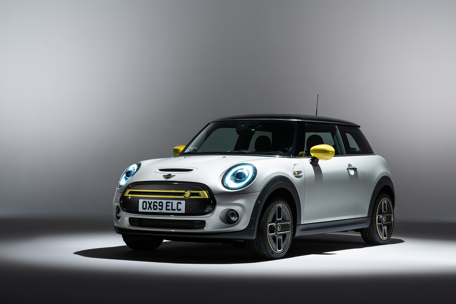 Electric Hatchback 135kW Cooper S 3 33kWh 3dr Auto